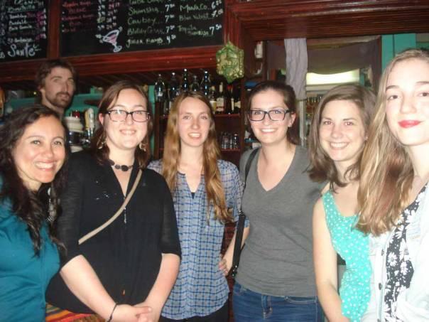 Les stagiaires QSF 2014 pour le Costa Rica avec l'accompagnatrice Karin Aroujo Flores (tout à gauche sur la photo.